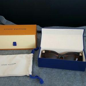 Louis Vuitton Emmanuelle